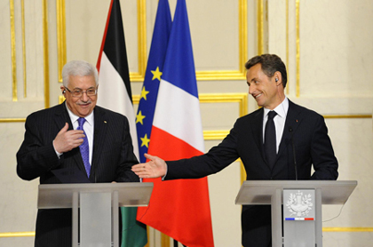 http://www.diplomatie.gouv.fr/fr/IMG/jpg/Abbas-2.jpg