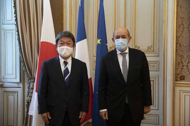 Japon – Entretien de Jean-Yves Le Drian avec Toshimitsu Motegi, ministre japonais des affaires étrangères (1er octobre 2020)